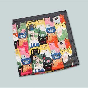 ❤️ Multicolor Illustrated Cat Scarf